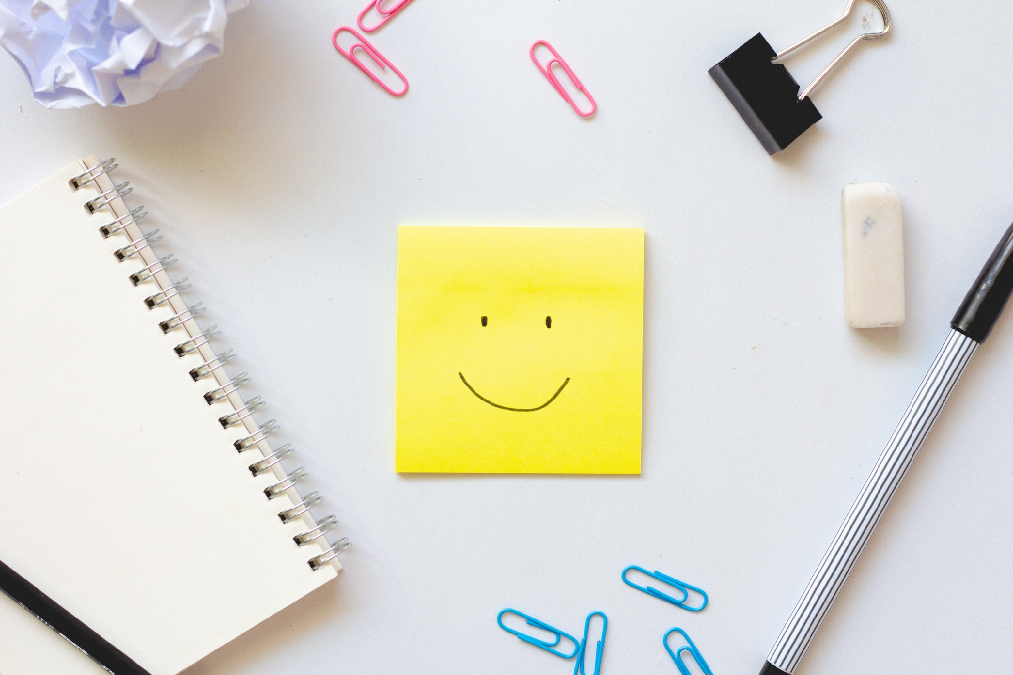 Image of post-it note with a smiley face